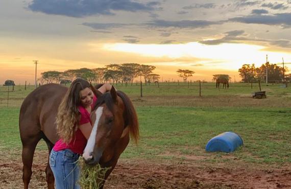 Conheça a história de Júlia Gomes Zancaner