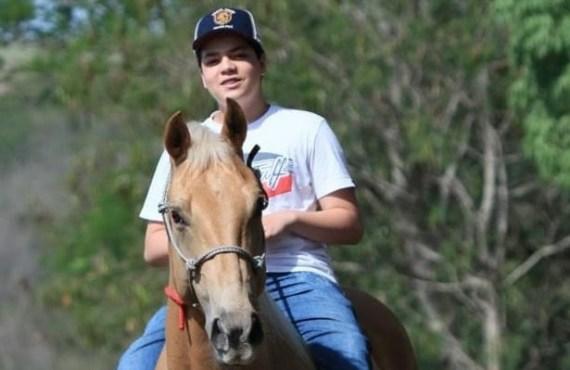 Aos 14 anos, Gustavo Rocha de Castro já almeja correr na casa dos 16 segundos